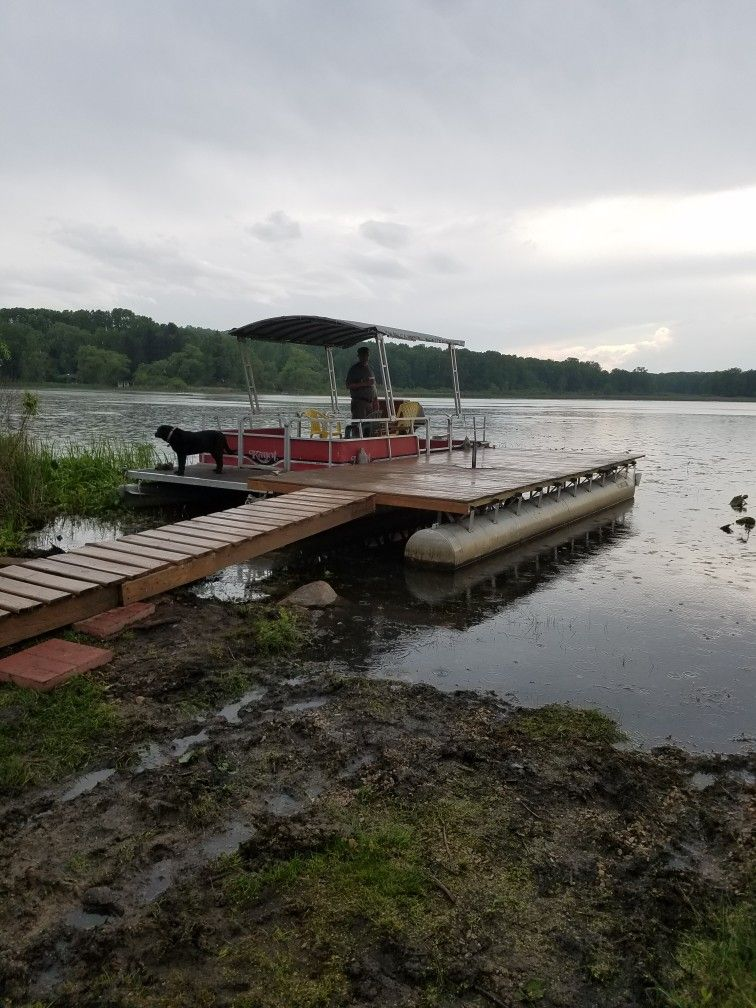 Frame of our old pontoon turned into floating dock  | repurposed