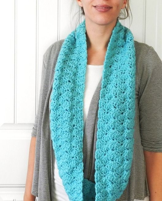 Ravelry Shell Infinity Scarf Pattern By Elise Engh Crochet