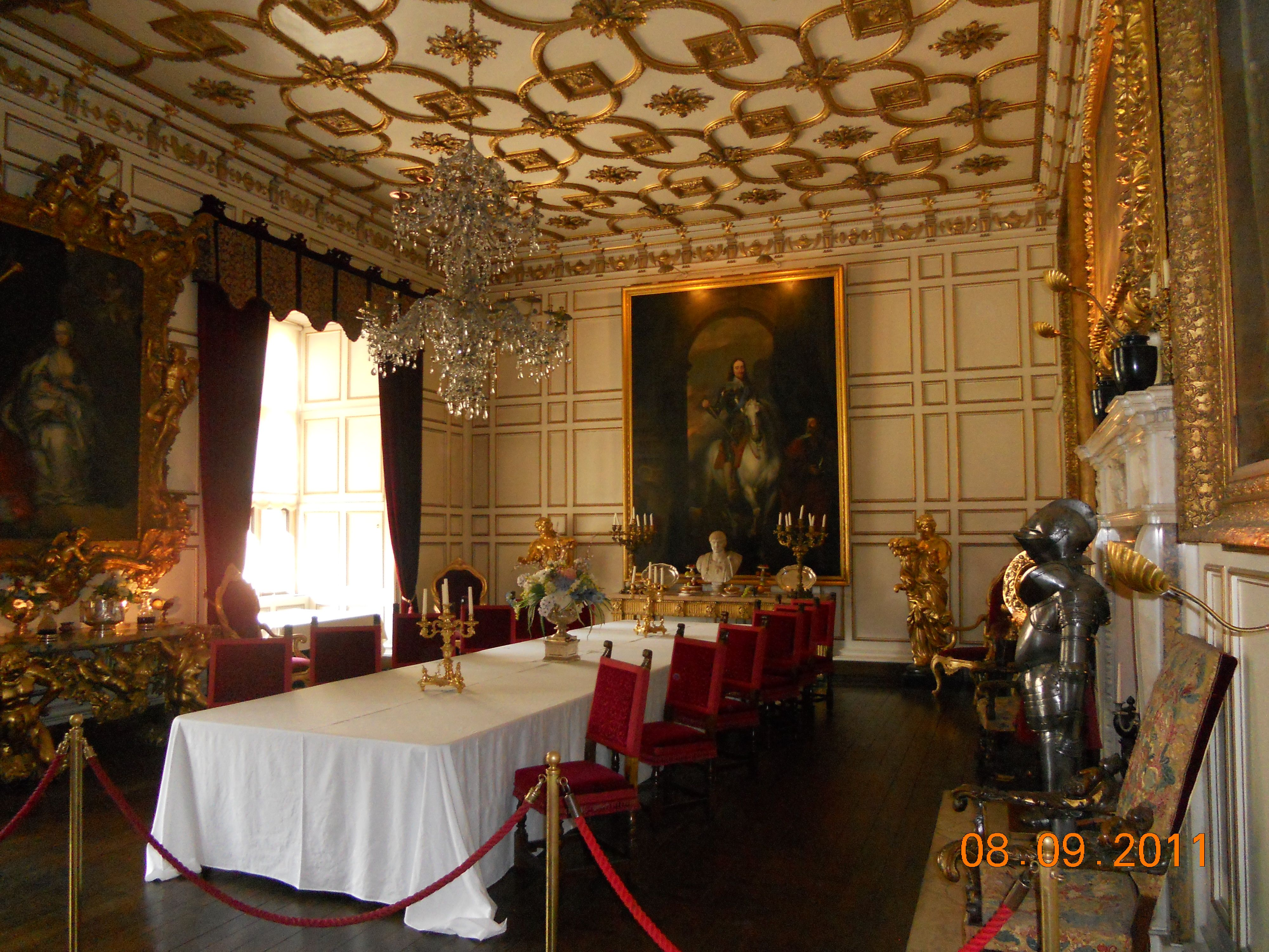 The Dining Room In Warwick Castle Warwickshire England My Inspiration Castle Dining Room Inspiration Design