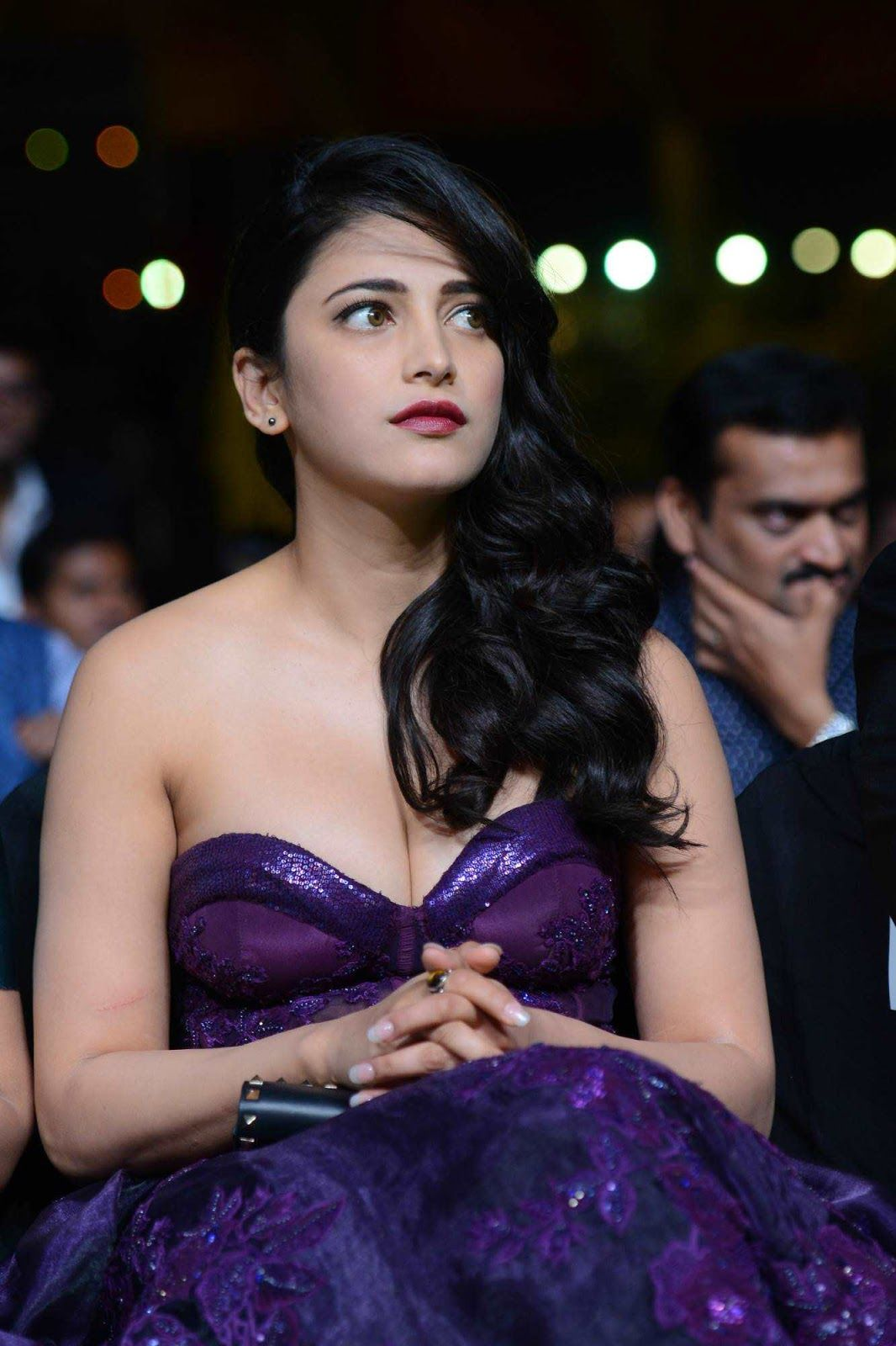 Shruti Haasan Hot Photos At IIFA Utsavam Awards | beauty full ...