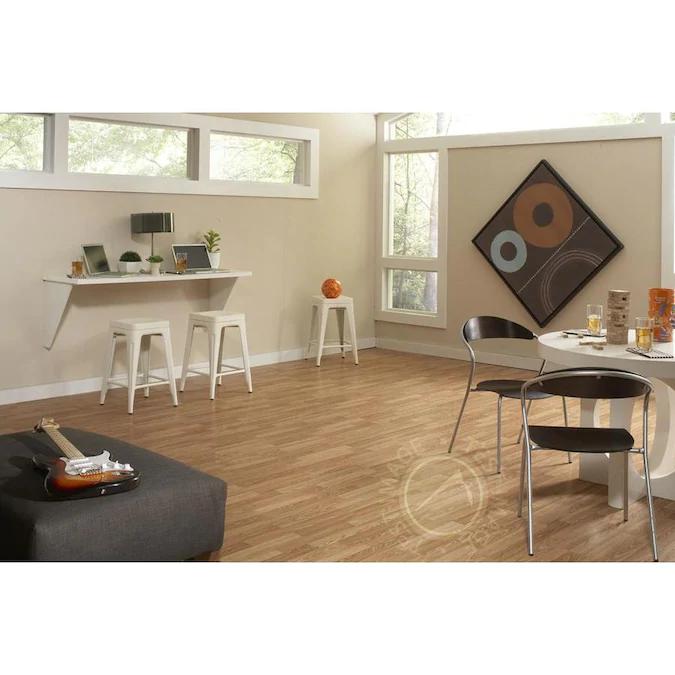 Solid Hardwood Floors Laminate Flooring, Project Source Natural Oak Laminate Flooring