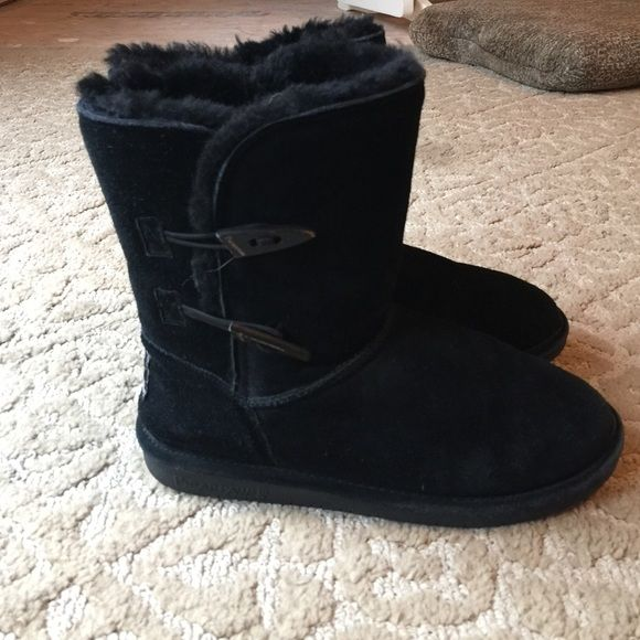 74f36a3e17b07 Black Bearpaw Boots Black boots in used condition. Have minor damages, but  still have life left. Bearpaw Shoes Winter & Rain Boots
