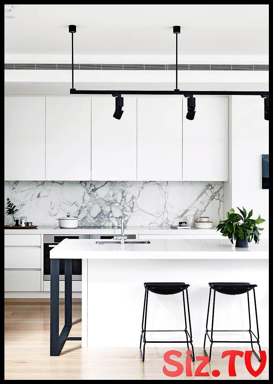 7 Kitchens With A New York City Vibe 7 Kitchens With A New York City Vibe The Big Apple Serves Up Luxury Kitchens Modern Kitchen Design Interior Design Kitchen