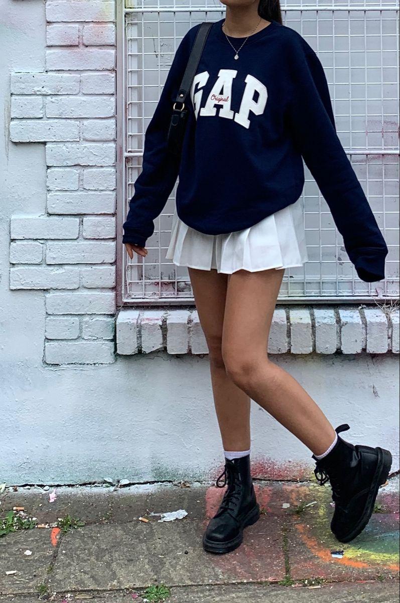 Tennis Skirt Outfit Inspo Pitfit Ideas Oversized Jumper Aesthetic Dc Martens Gap In 2020 Tennis Skirt Outfit Tights Outfit Belle Outfit
