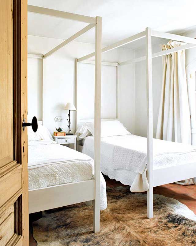 Caramel u0026 Cream. Twin BedsBunk ... & Caramel u0026 Cream | Twin canopy bed Canopy and Twin beds