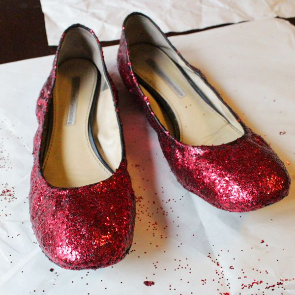 How-to DIY Ruby Slippers Costume party coming up ) & How-to: DIY Ruby Slippers | things I want to make | Pinterest | Ruby ...