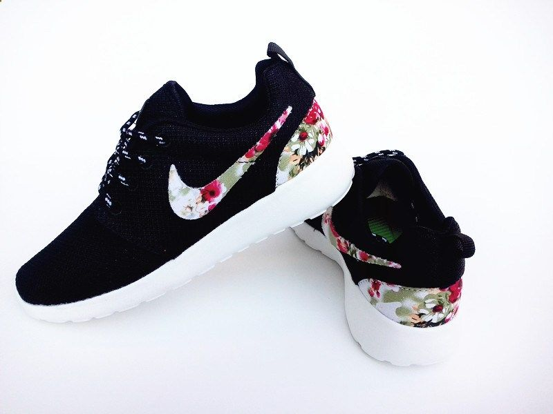 nike roshe run floral 2015 black