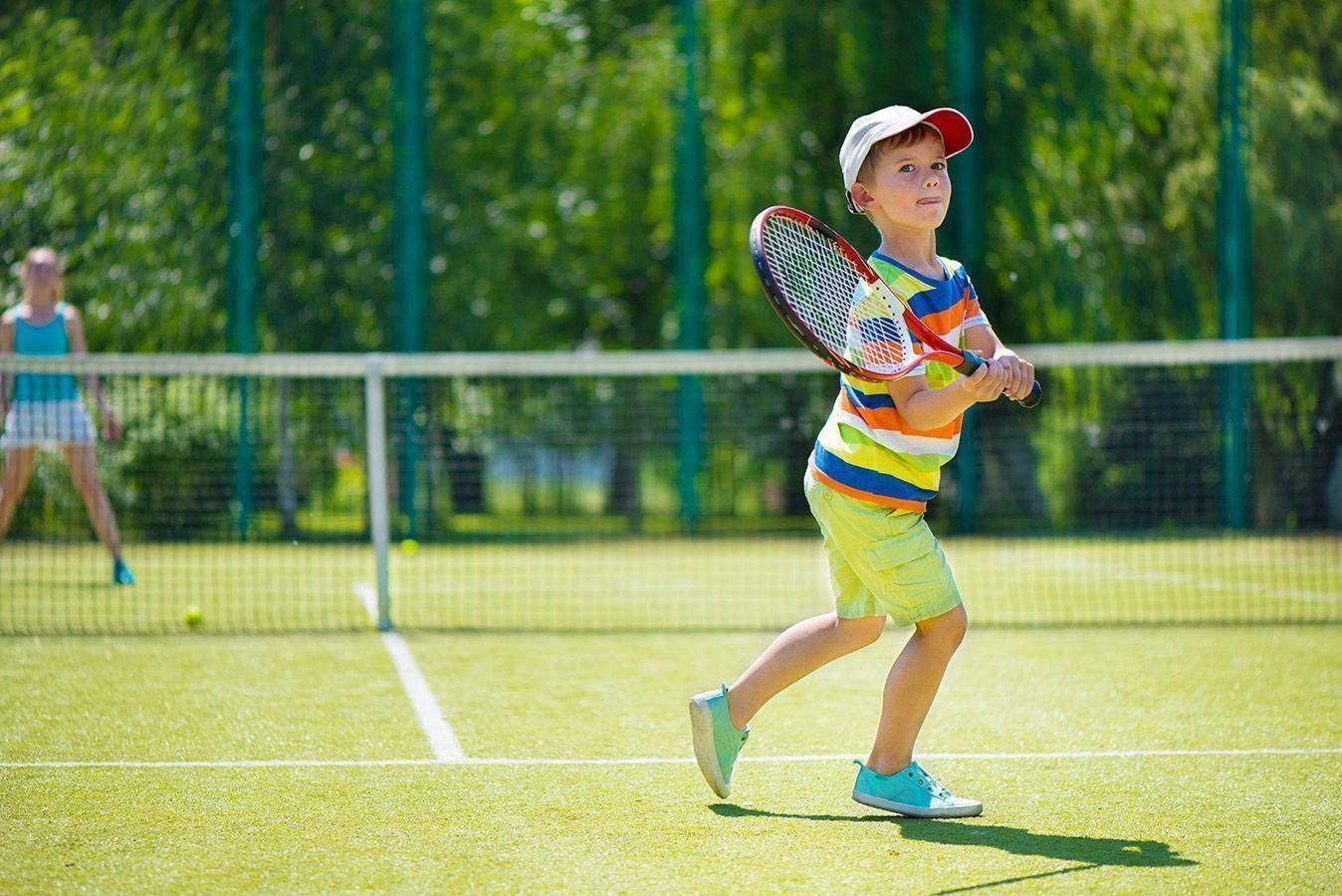 Tennis Can Be A Kind Of A Hard Game For A Small Child To Learn But It Is Awfully Fun And Worth Spending A Bit Of Time Trying T Play Tennis
