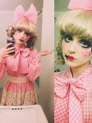 Cracked Porcelain Doll Doll Halloween Costume Doll Makeup Halloween Creepy Doll Costume