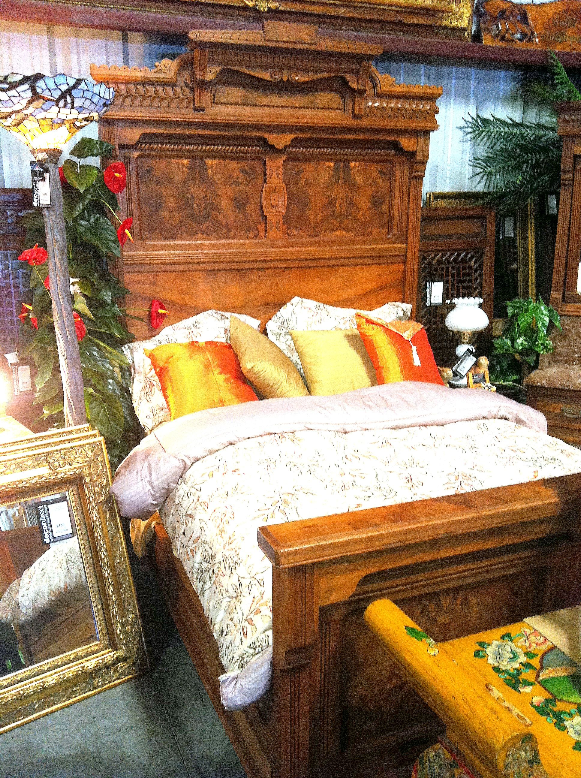 Best Victorian Mahogany Bedroom Set With Fancy Burl Finish And 400 x 300