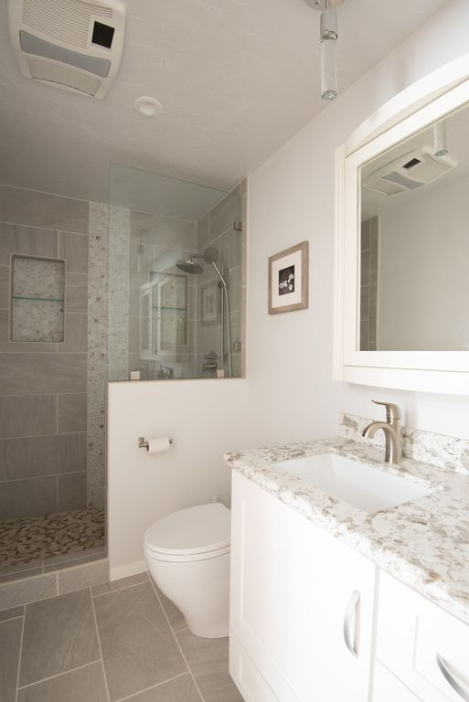 Contemporary Master Bathroom With Flat Panel Cabinets