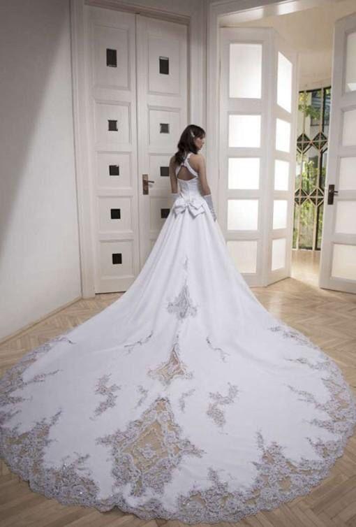 Vestidos de novia cola muy larga