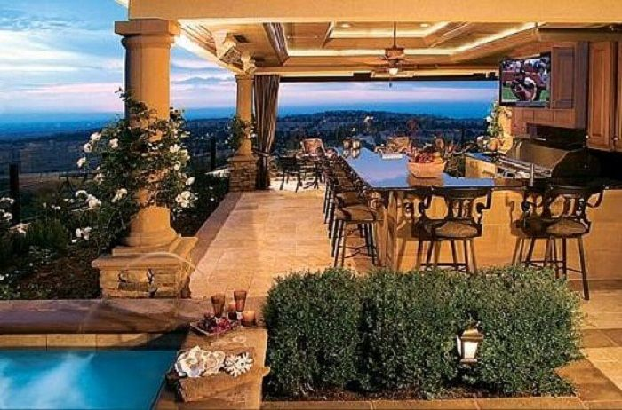 Modern luxury outdoor kitchen designs beautiful style for Luxury outdoor kitchen