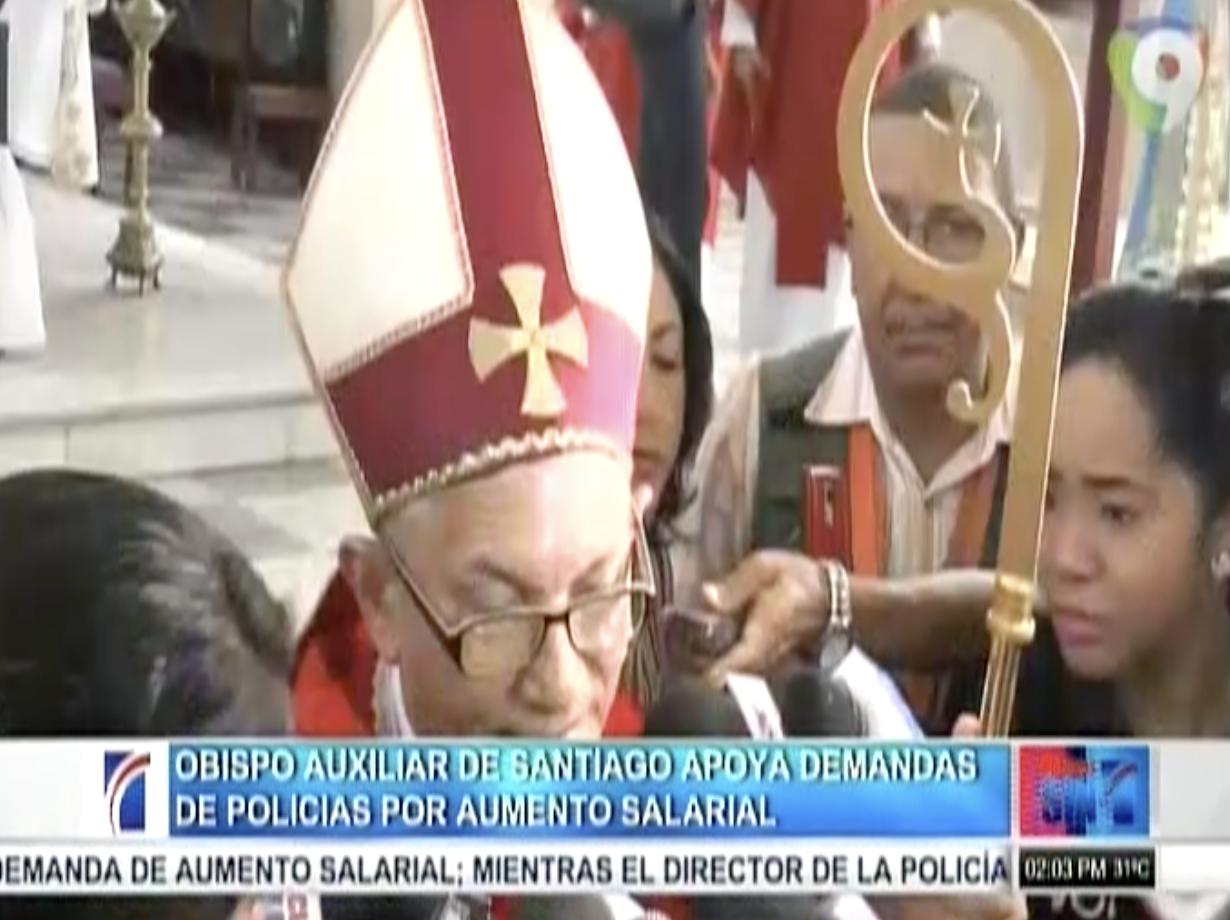 Obispo auxiliar de Santiago apoya demandas de policías por aumento