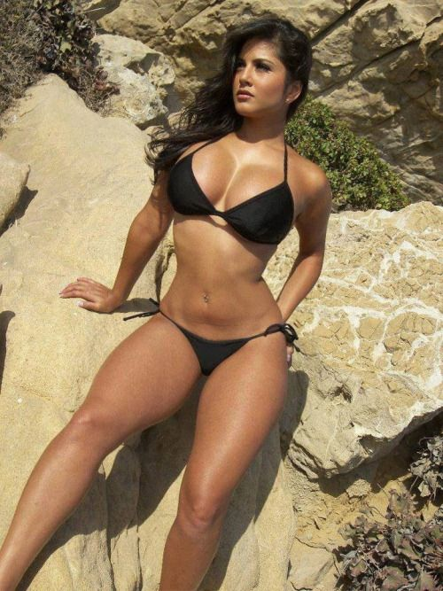 Thick Girl In Bikini