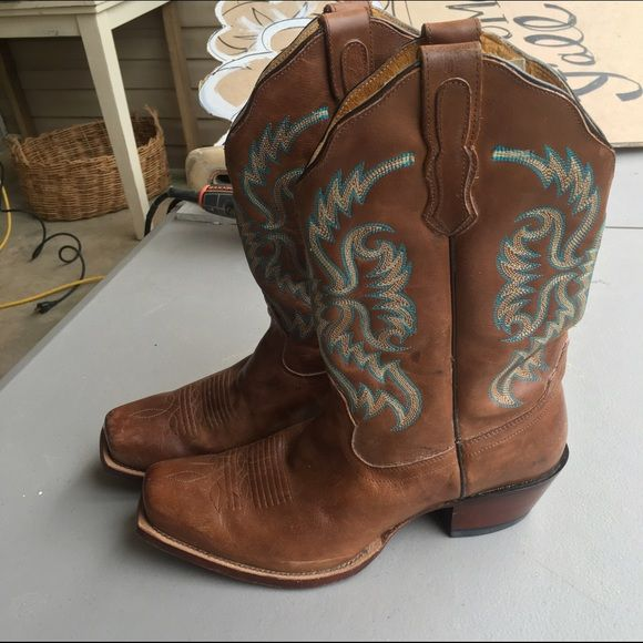"""Nocona turquoise stitched cowboy boots! Nocona punchy toe western cowboy boots. Size 10B. These cute boots are in great condition. Lightly worn. Gorgeous turquoise stitching. Retail for 189.99. 1.5"""" heel  Tags: cowgirl rodeo horse barrel racer racing country Nocona Shoes Heeled Boots"""