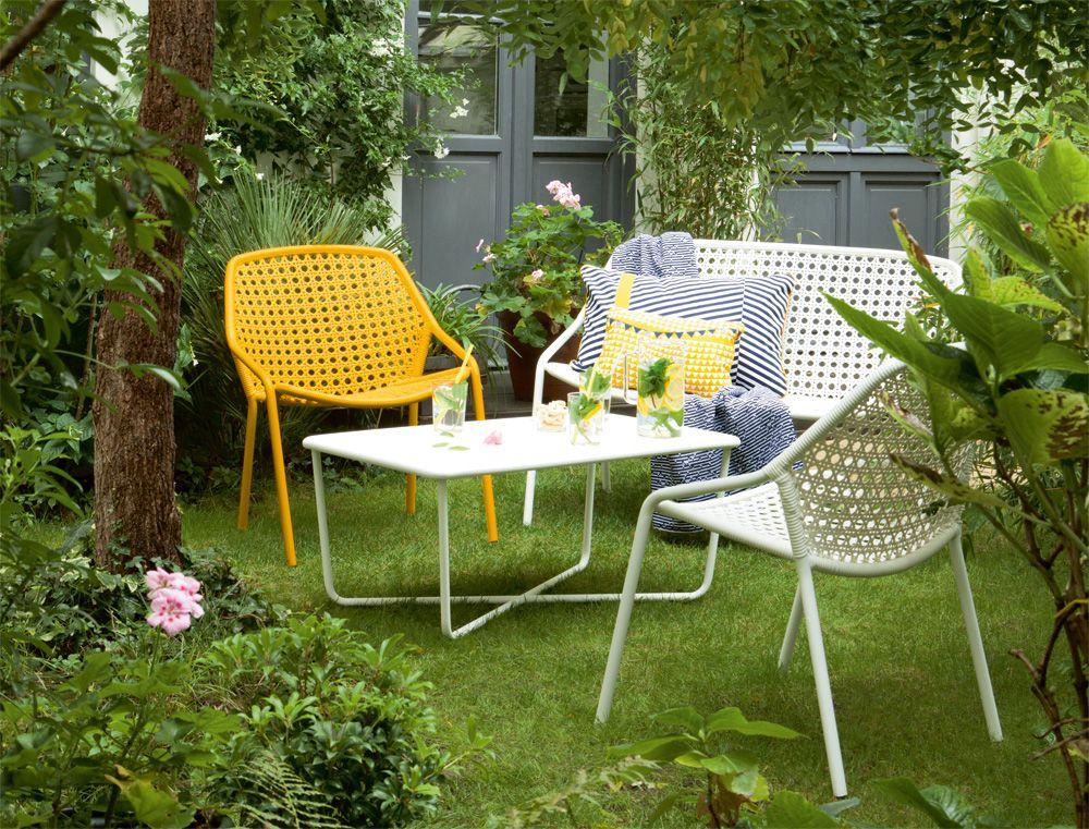 mobilier de jardin design affordable emejing decoration de salon de jardin design trends. Black Bedroom Furniture Sets. Home Design Ideas
