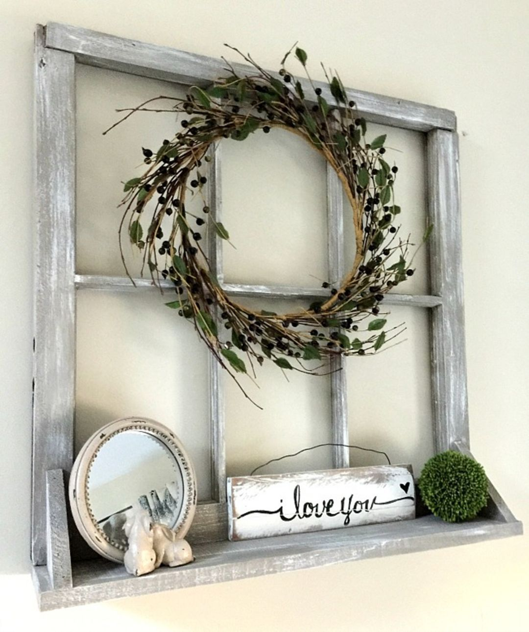 Window Pane And Wreath Entry Display Old Window Decor Old Window Projects Window Frame Decor