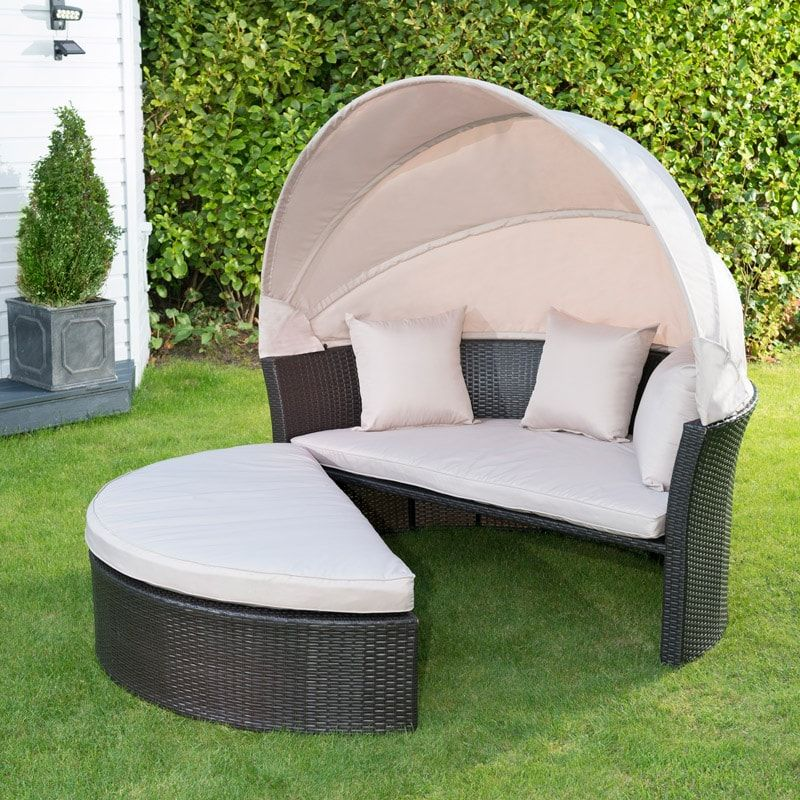 Exceptionnel Venice Rattan Hooded Day Bed | Garden Furniture   Bu0026M
