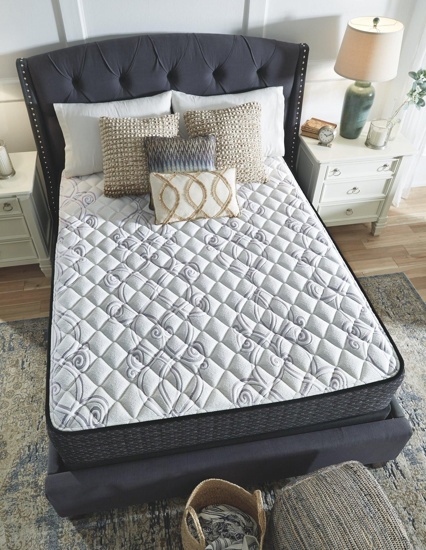 White Traditional Limited Edition Firm Twin Mattress M62511 In 2021 Firm Memory Foam Mattress Mattress Sizes California King Mattress