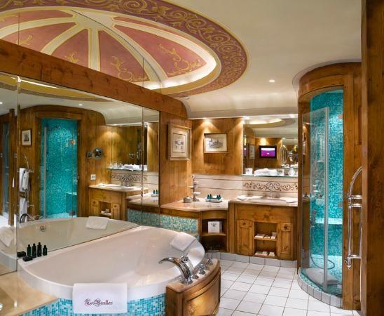 Hotel De Charme Les Airelles Suite Gentiane Three Bedroom With
