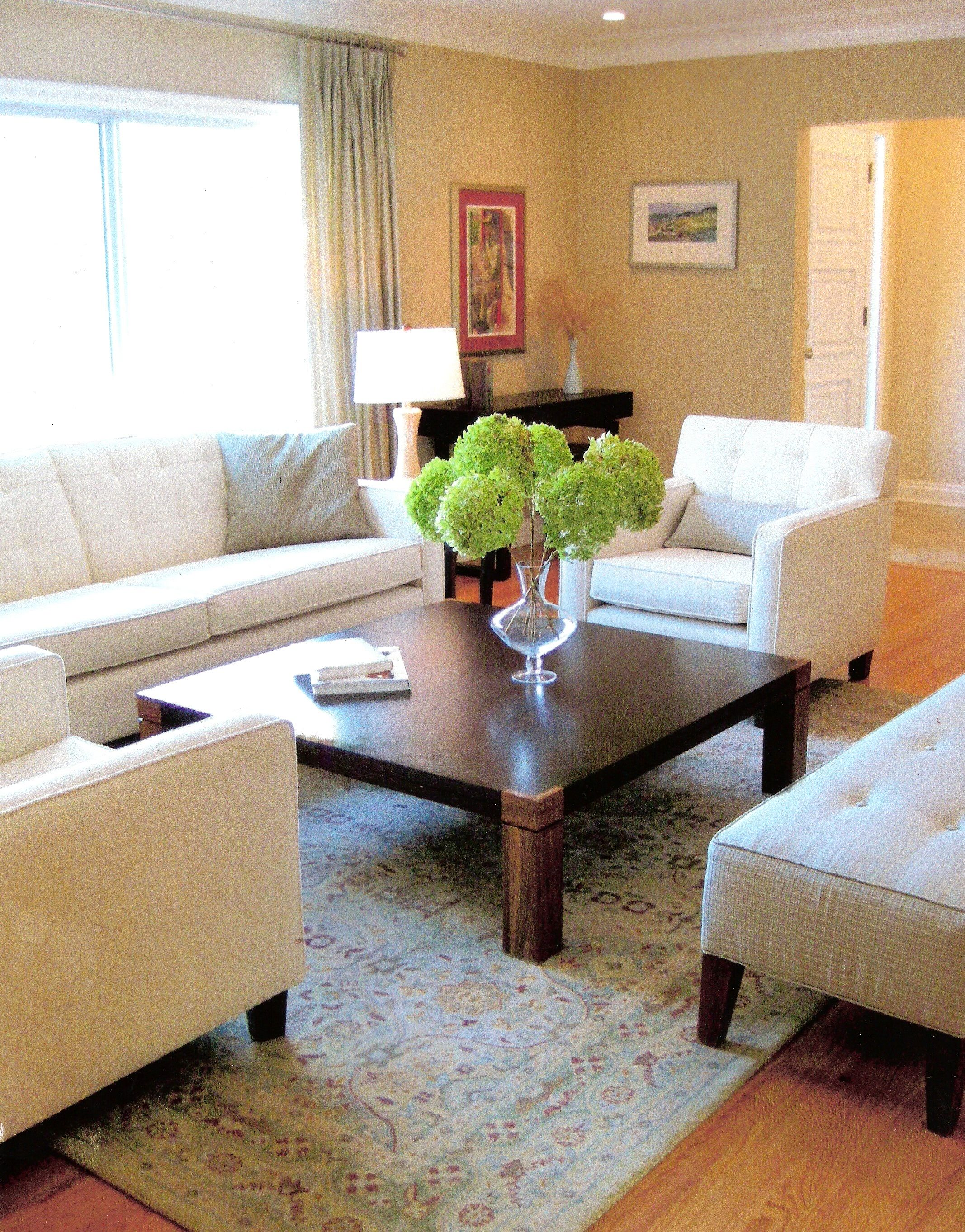 This huge L-shaped room had an awkward layout that we concord by ...