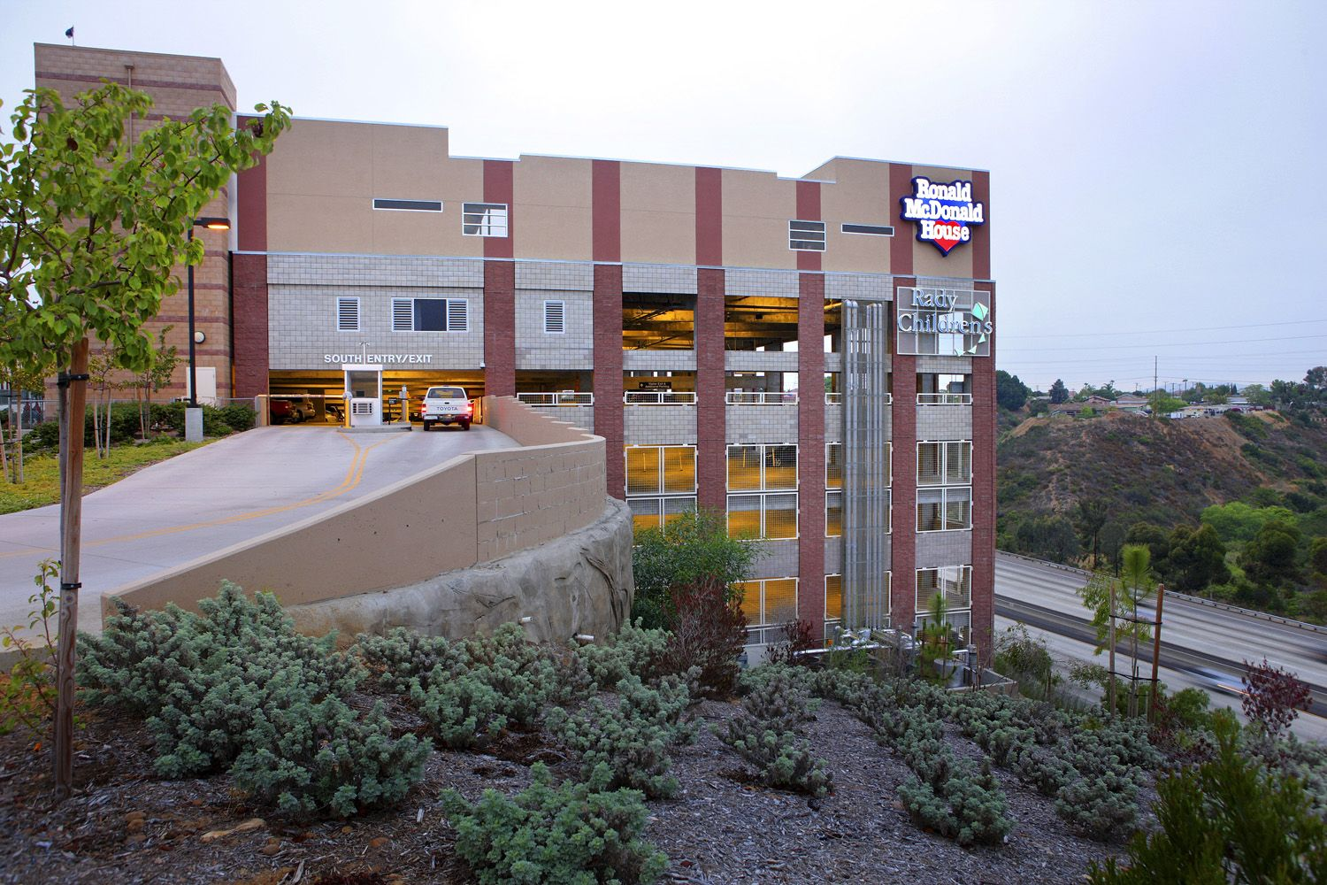 The International Parking Institute Awards Of Excellence Award Of Merit Ronald Mcdonald House Park America S Finest Ronald Mcdonald House Childrens Hospital
