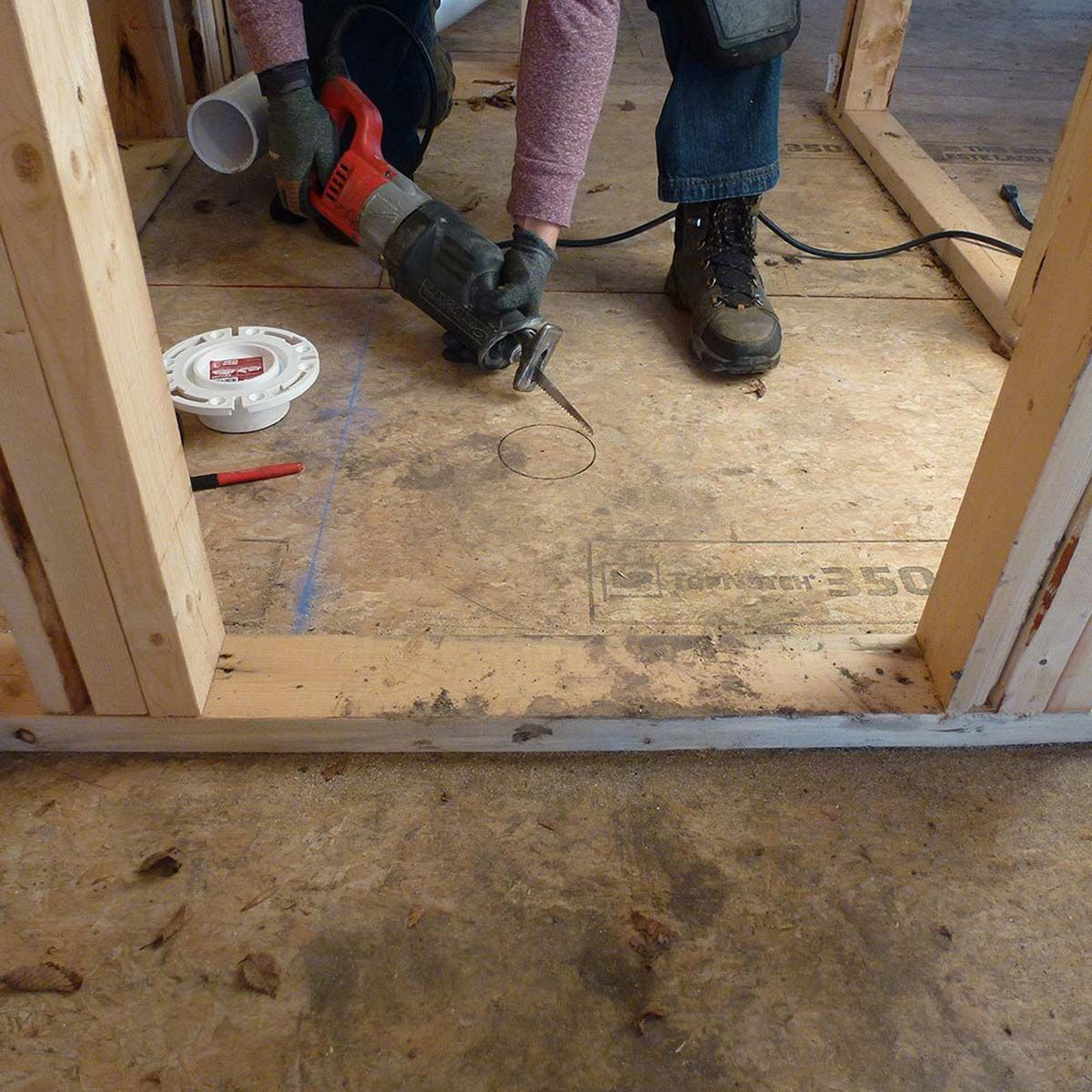 14 Framing Mistakes To Avoid At All Costs Hanging Drywall Framing Construction Basement Remodel Diy