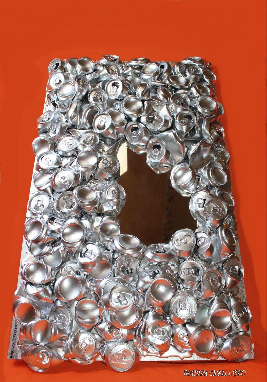 psych recyclage de canettes en aluminium art d co sculptures gravures statues par lezard. Black Bedroom Furniture Sets. Home Design Ideas
