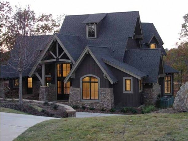 Pin By Wendy Cahill On Styles Of Homes I Like House Craftsman House Dream House