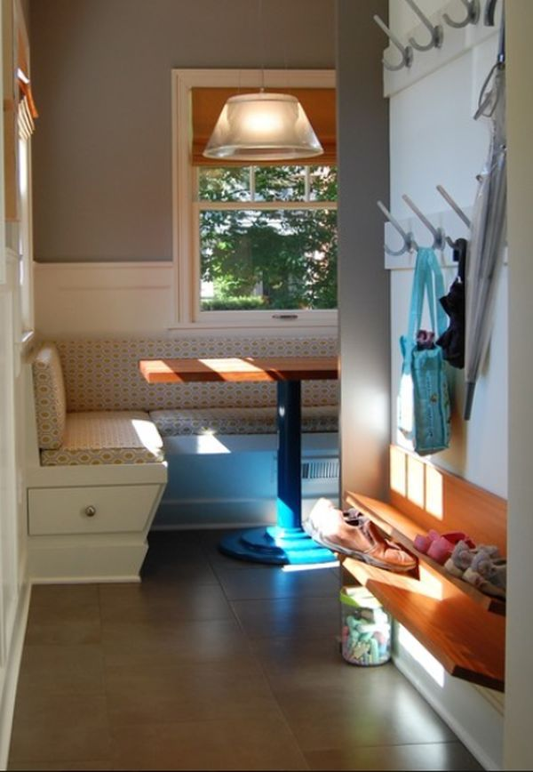 Beau Digginu0027 This Super Simple, Space Saving Entryway...especially The  Wall Mounted Shoe Shelves. Brilliant!