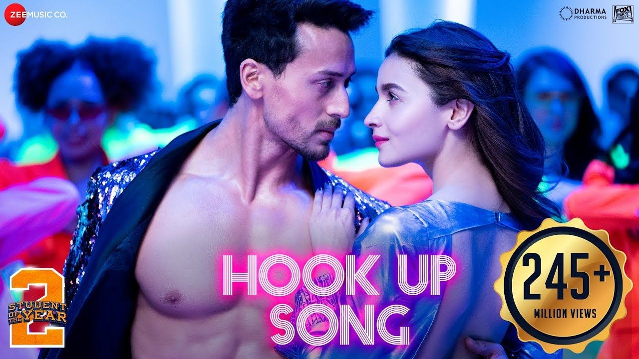 Hook Up Song Student Of The Year 2 Tiger Shroff Alia Vishal And In 2020 Songs New Hindi Songs Student Of The Year