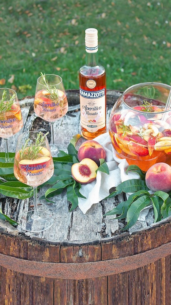 Sommerliche Pfirsich Bowle - Sweets and Lifestyle #foodanddrink