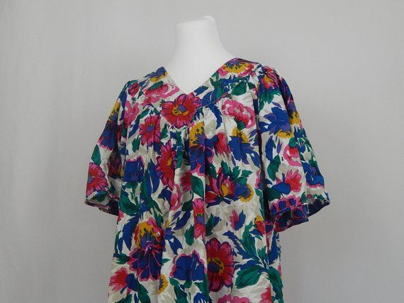 Vintage Kaftan Caftan MuuMuu Ruffle Floral Pink Red Blue White Purple Short  Sleeve 90s Nineties OS One Size Fits Most Patchouli from nature 13ecd9f42