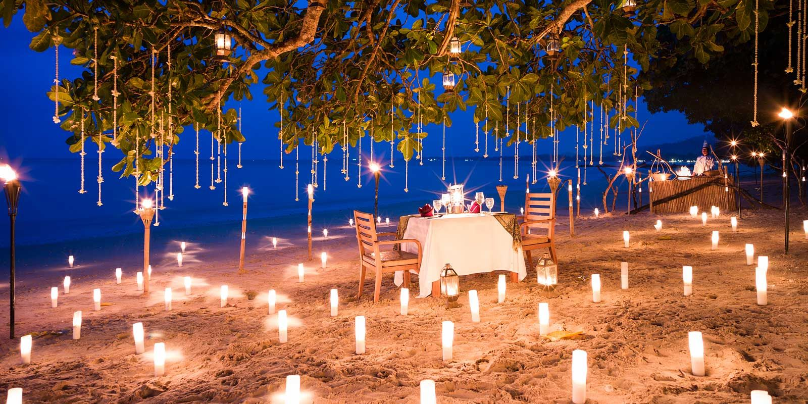 Perfect romantic thailand honeymoon ideas just for you for Romantic dinner