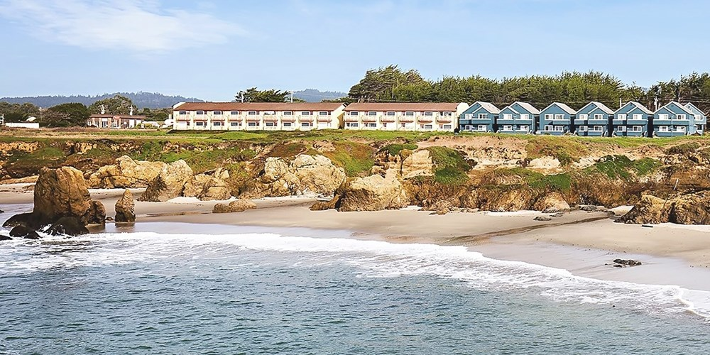 Surf & Sand Lodge | Vacation time