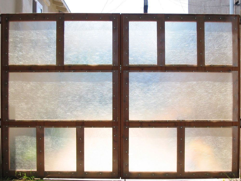 Pin By Erika Hildebrandt On House Exteriors In 2020 Window Privacy Screen Window Privacy Privacy Screen
