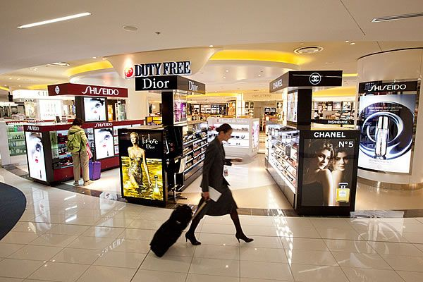 Dfs And Jr Duty Free Go Head To With Auckland Airport S Themooreport