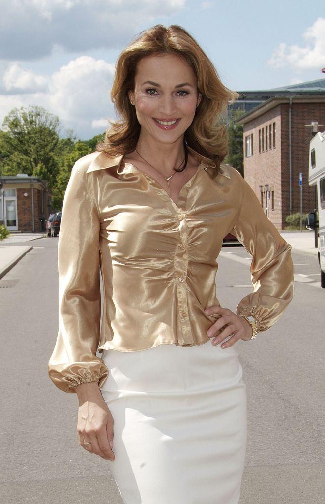 Mature Womens Long Sleeve Petite Blouses