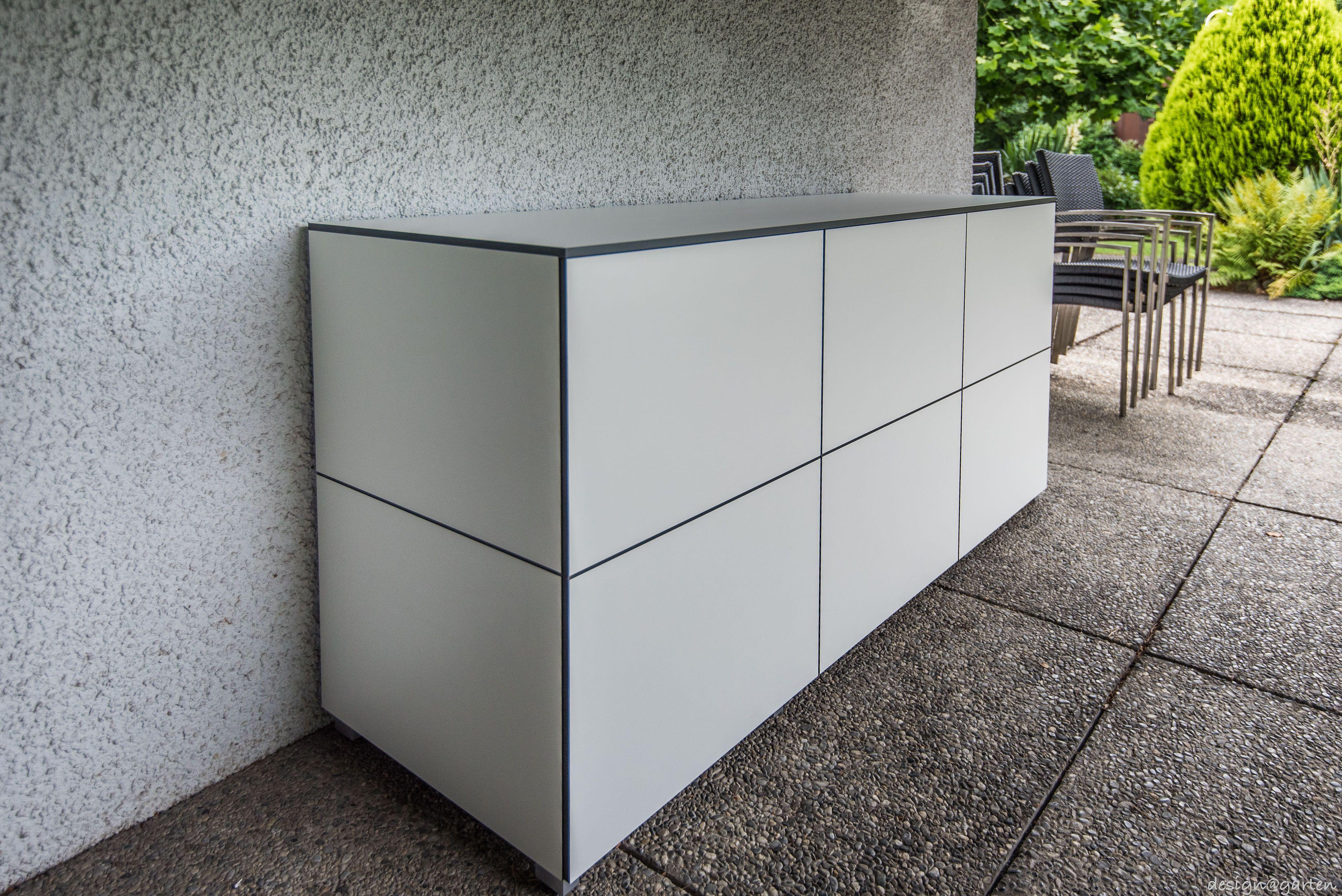 Terrassenschrank Win Nach Mass By Design Garten In Arbon Schweiz Von Design C Garten In Augsburg Germany Grifflos Uv Gartenschrank Balkonschrank Schrank