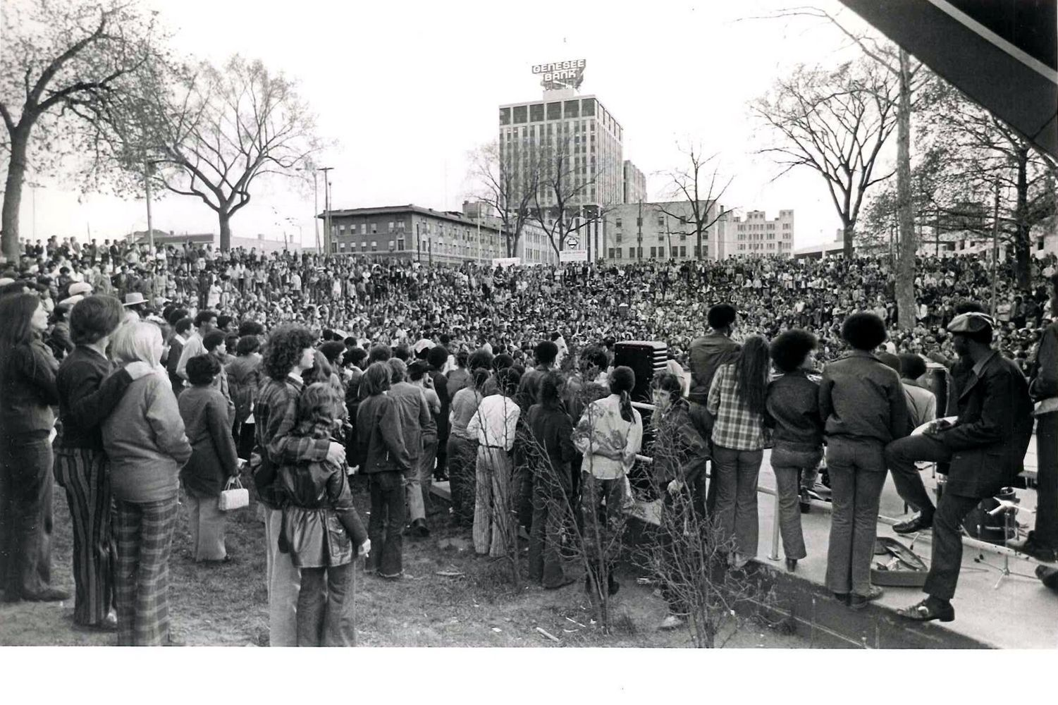 Protesters At Flint S Willson Park Urged End To War In 1970s