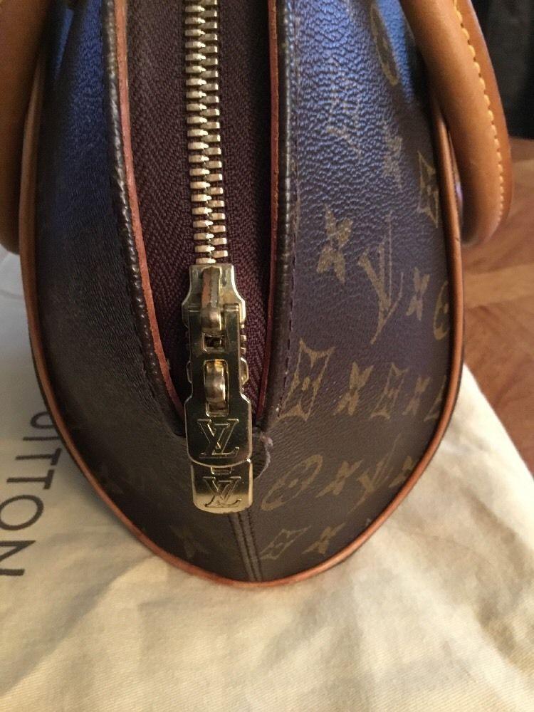 USA seller Authentic Louis Vuitton Monogram Canvas  Ellipse MM Handbag SD0023 $450.0
