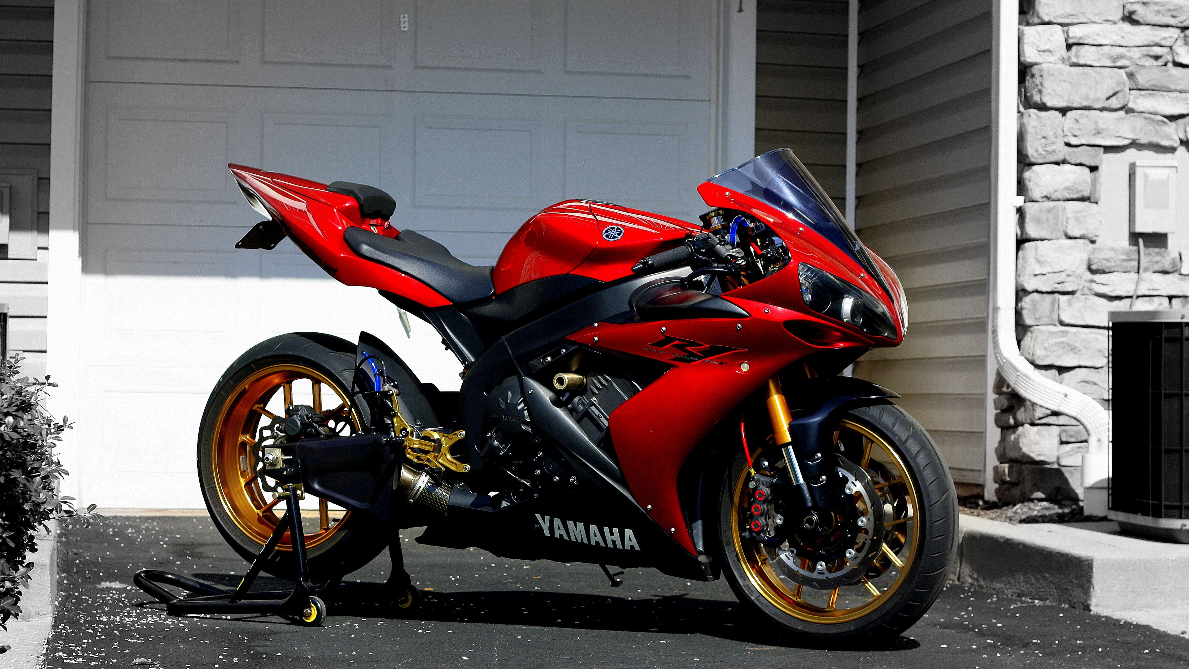 Yamaha, R1, Red, Sportbike 4k 4k HD Wallpapers