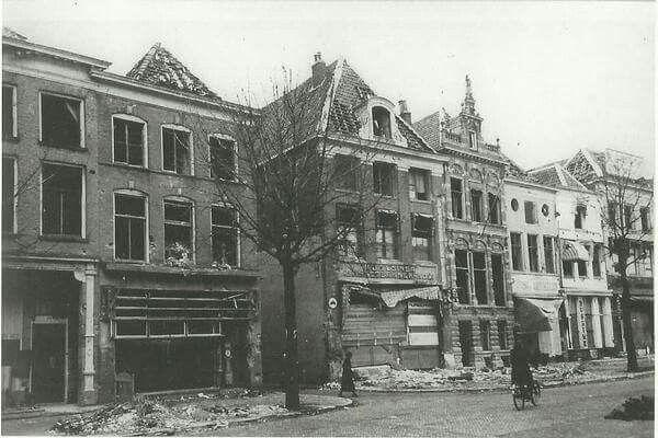 6 februari 1945 bibliotheek