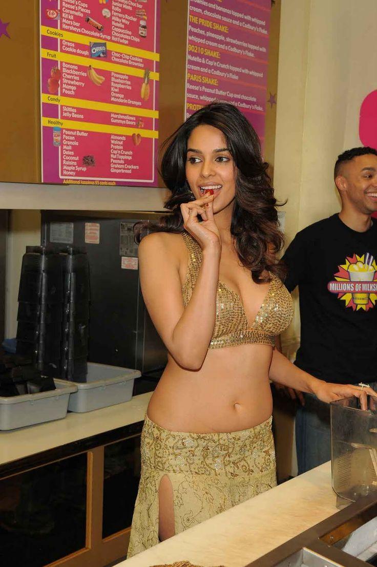 Mallika Sherawat Cleavage Hd Images Hot Sexy Bikini Galleries