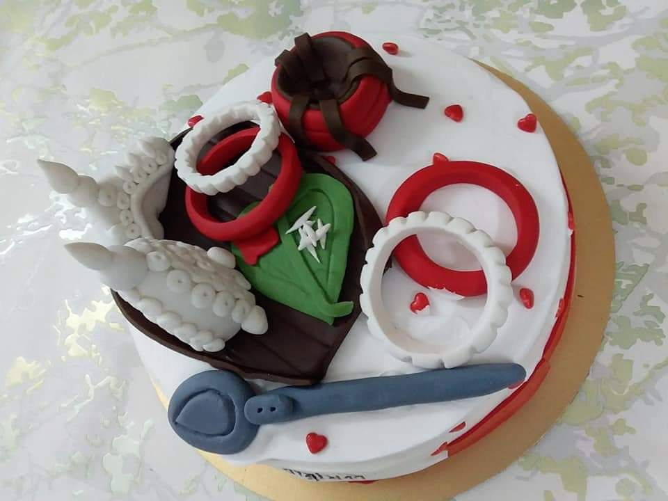 Bengali Wedding Theme Anniversary Caje By Amysbakedbouquet Http Cakesdecor Com Cakes 339231 Bengali W Wedding Cake Options Anniversary Cake Bengali Wedding