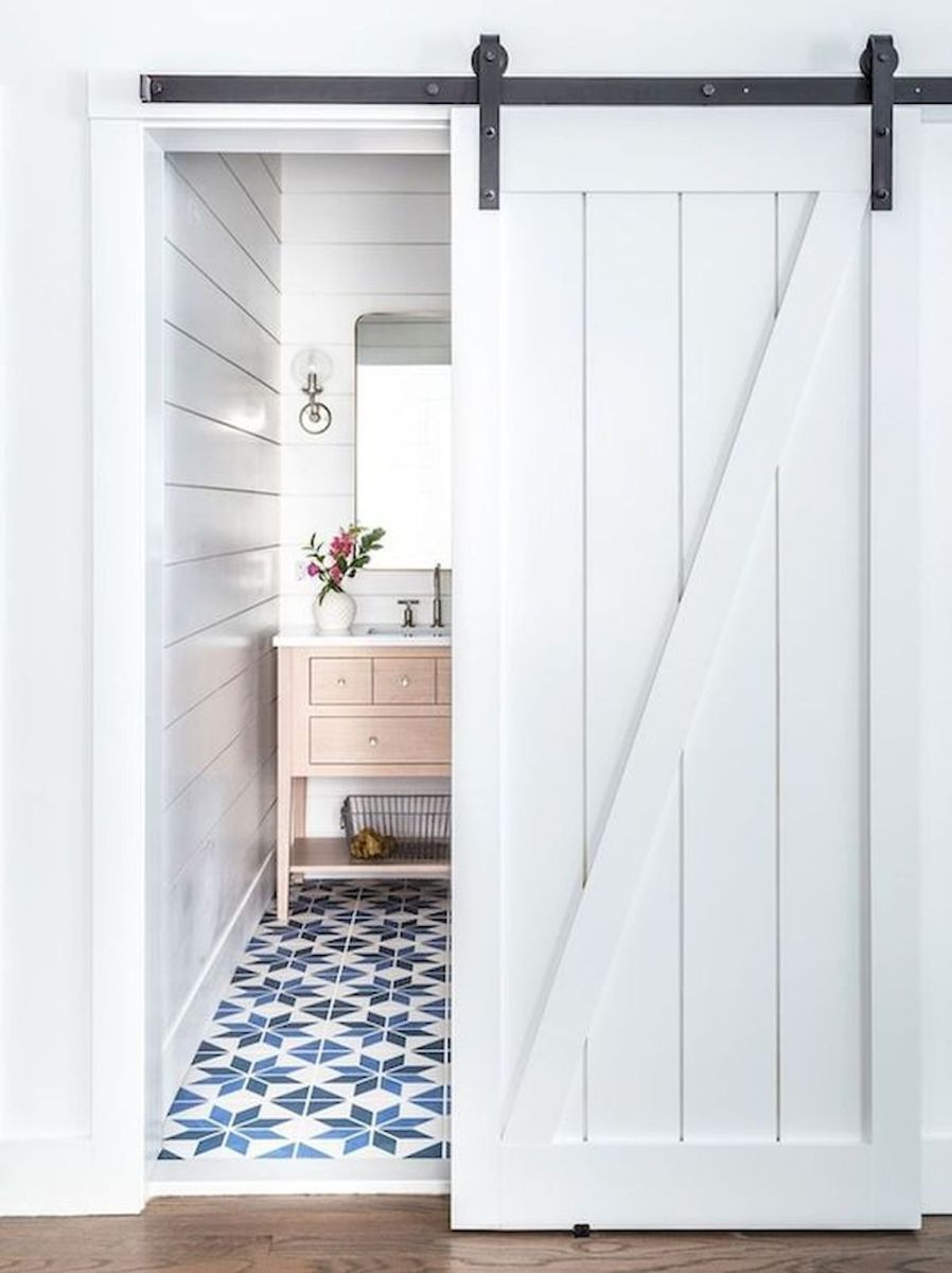 33 Fantastic Barn Door Design Ideas 2 33decor Tiny House Bathroom Beach House Bathroom House Bathroom Designs