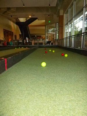 A place to eat, bowl and play indoor bocce ball at Pinstripes in ...