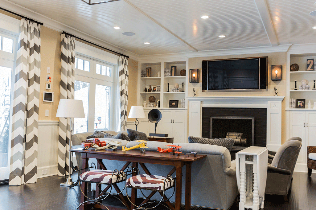 Extra Seating For Party | I Like The Extra Seating Under Console And Folding Table For Games