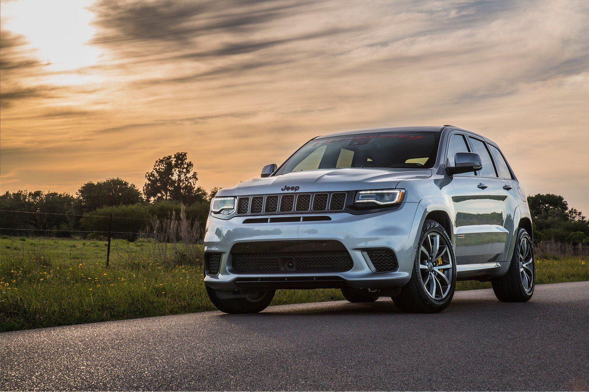 Hennessey S 1200 Hp Jeep Grand Cherokee Trackhawk Claims To Be The Fastest Accelerating Suv In The World Jeep Grand Dream Cars Range Rovers Jeep Grand Cherokee